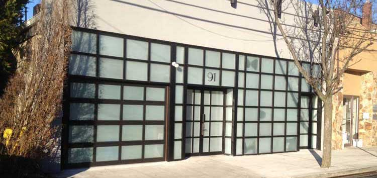 Cedarhurst, Long Island Aluminum Sectional Overhead Door
