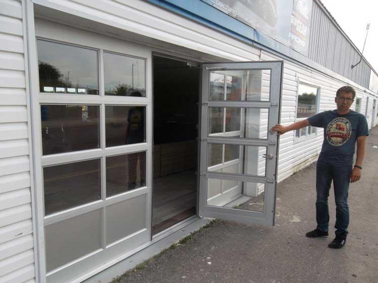 Aluminum Overhead Door With ADA Compliant Pass Door